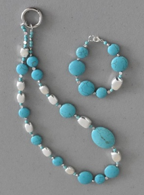 Bracelet and Necklace made from Annie's Mystic bead kit