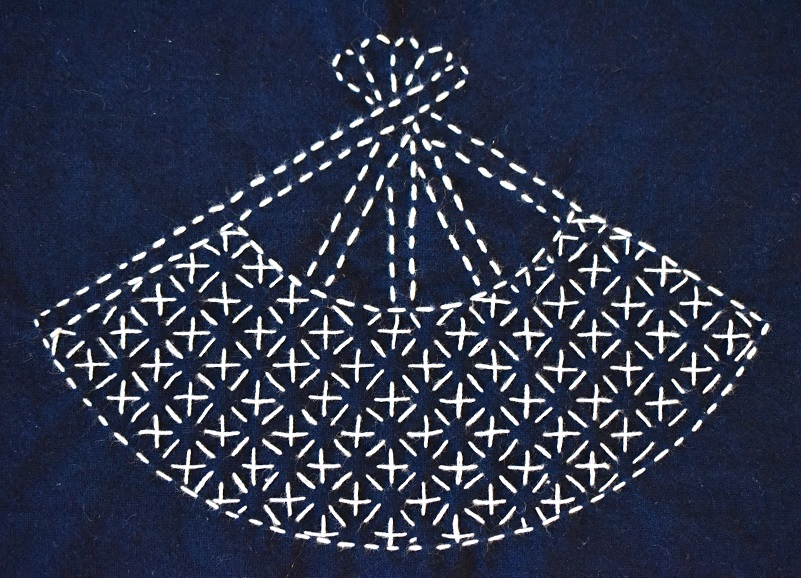 Hitomezashi sashiko fan stitch sample